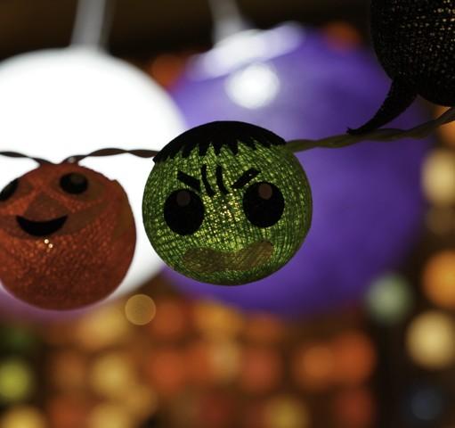 A Tout Deco guirlandes lumineuses noel décoration lampes design en soie